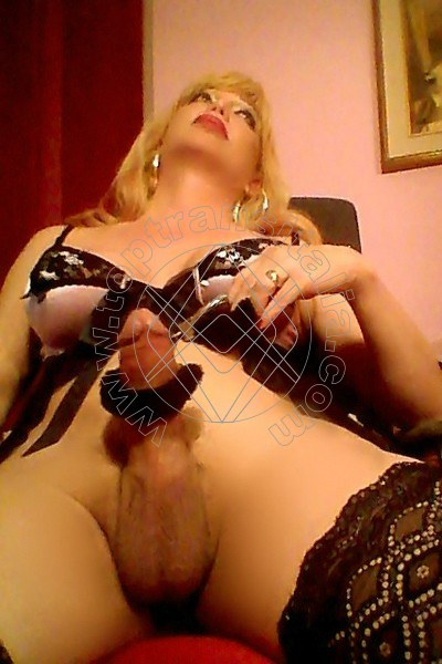 Foto hot 2 di Fellyna Big Cook transex Foggia